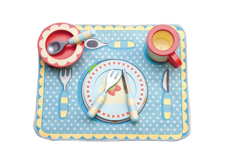 Le Toy Van Dinner Set and placemat