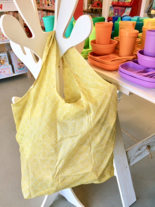 Apple Green Duck Yetty Reusable Tote Bag Mustard Fan