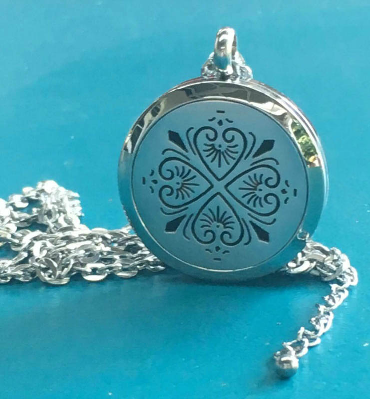 Aroma Jewels - Essential Oil Diffuser Locket Necklace - Four Heart Clover