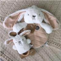 O.B Designs Comforter and Dingaring - Beck Bunny (White)